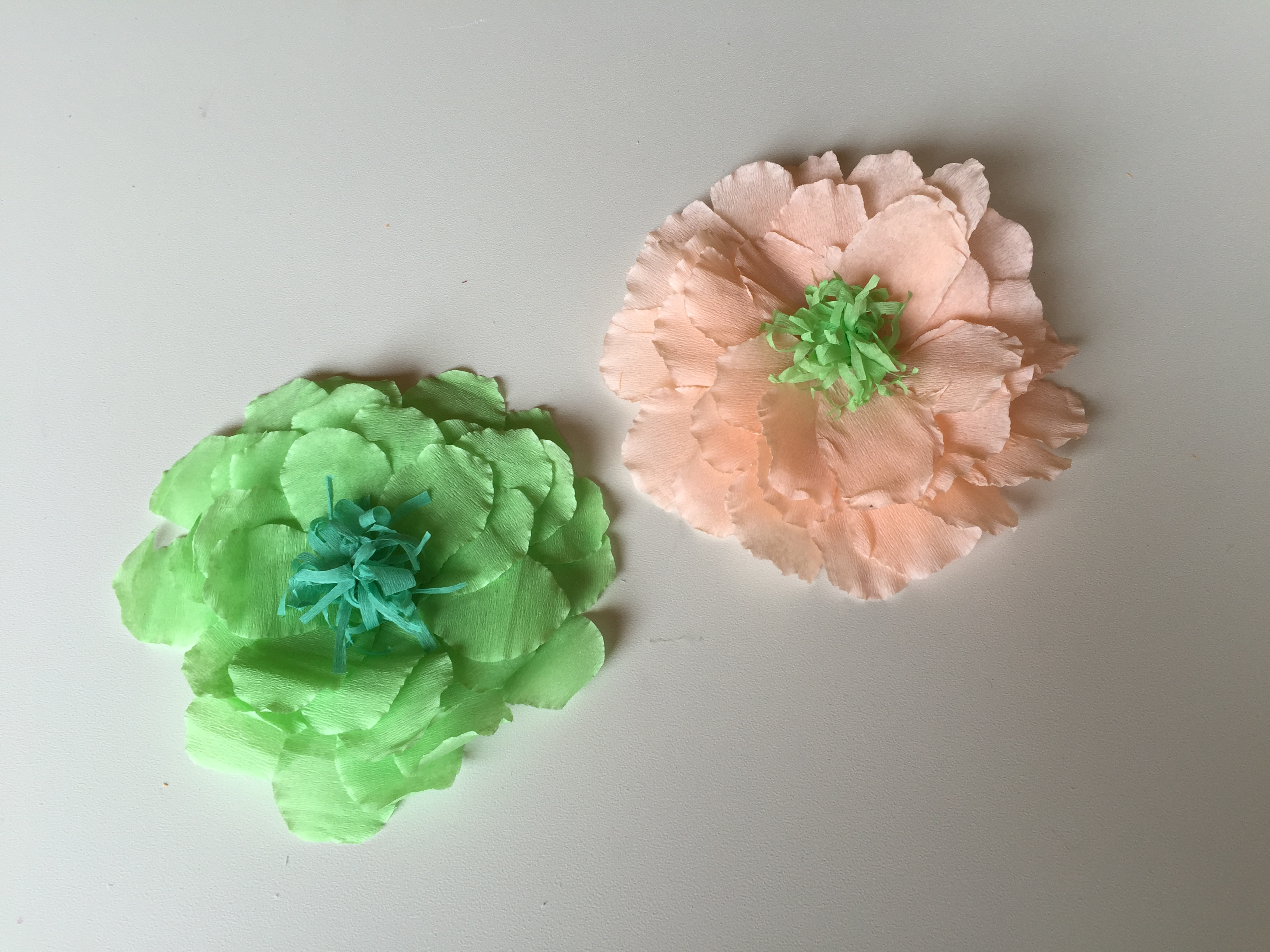 Flores de papel pinocho manualidades decorativas para nios - Manualidades de papel ...