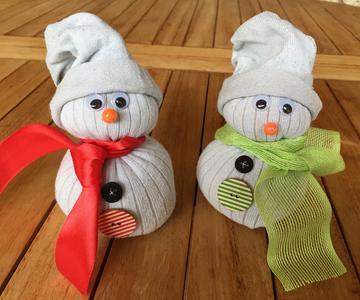 Muñecos de nieve navideños