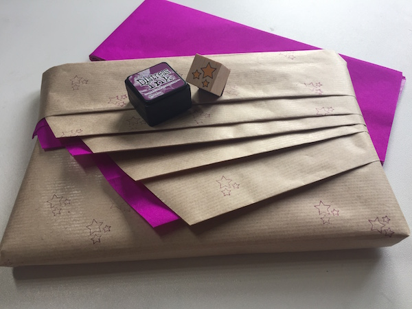 Envolver regalos de forma original clarimanitas - Envolver regalos original ...